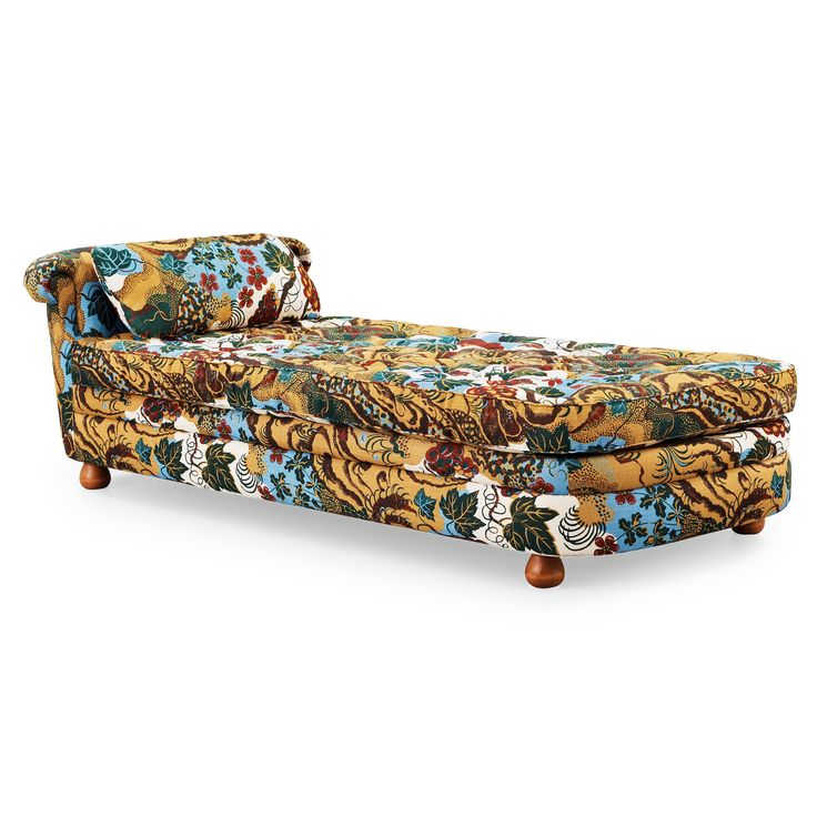 Joseph Frank - couch - A nice item at #Bukowskis