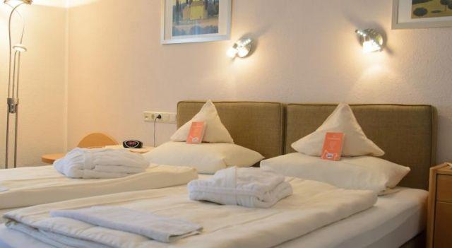 Hotel Erika-Stratmann - 3 Sterne #Hotel - EUR 43 - #Hotels #Deutschland #BadDriburg http://www.justigo.lu/hotels/germany/bad-driburg/erika-stratmann_215172.html