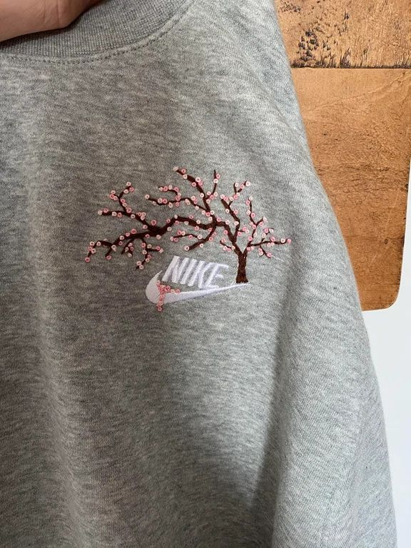 Art A Commissioned Hand Embroidered Cherry Blossom Tree I Did I Absolutely Love This Embroidery On Clothes Clothes Embroidery Diy Diy Embroidery Shirt