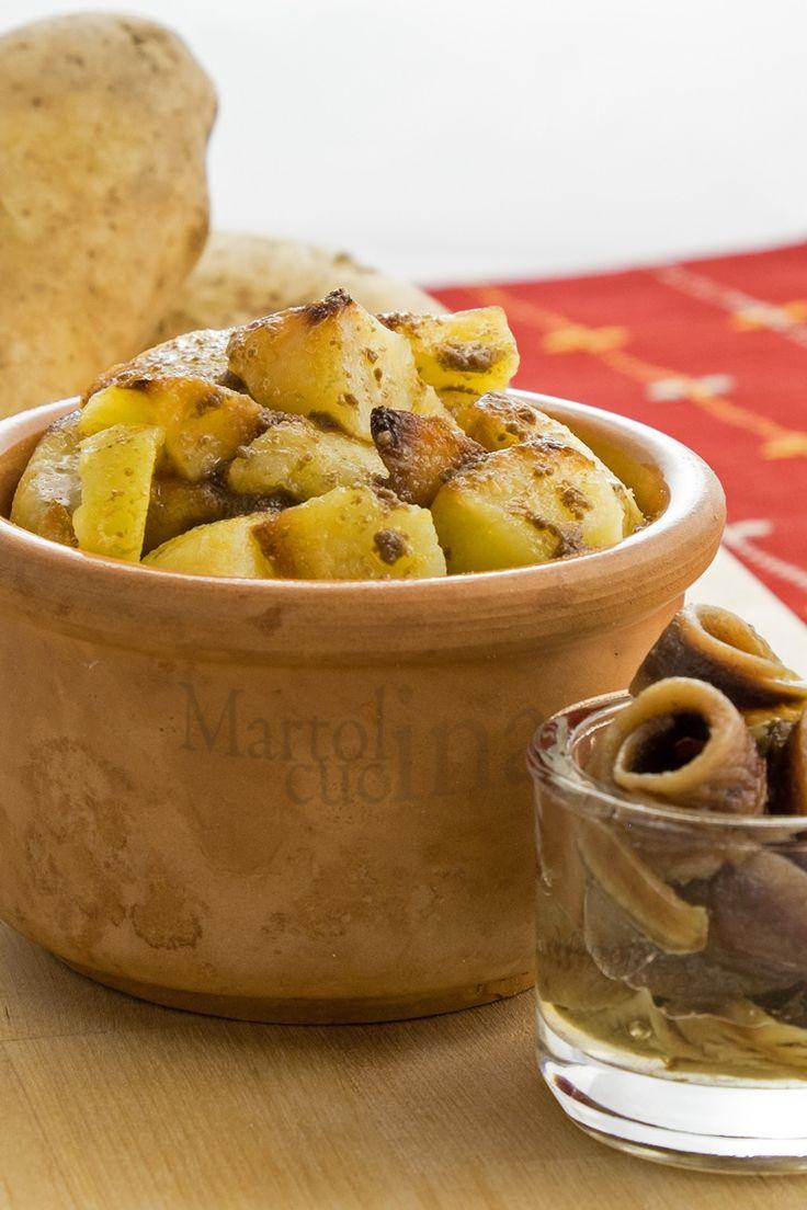 PATATE TRIFOLATE ALL'ACCIUGA #patate #acciughe #trifolate #contorno #ricettafacile #ricettaveloce #ricettaeconomica
