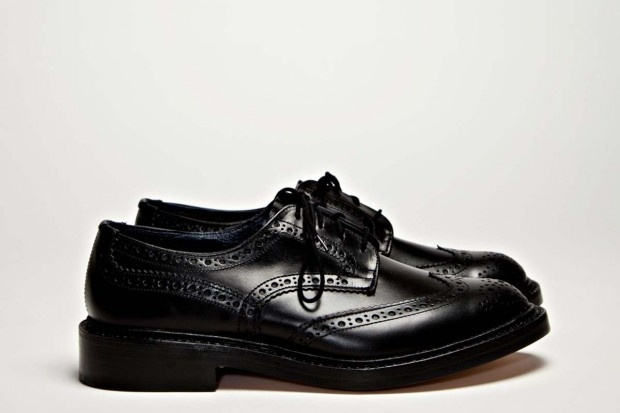 Tricker's x Tres Bien Shop Brogue Shoe
