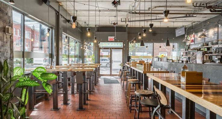 L'Express St-Zotique, un bar à sandwichs gourmet et à salades inventives en exploitation depuis 19 ans au coeur de la Petit-Patrie. Un réputé service de traiteurs intimes et de foires a été développé depuis quelques années.  Une opportunité d'affaire exceptionnelle pouvant s'appuyer sur une réputation, un savoir-faire et un bon chiffre d'affaire.