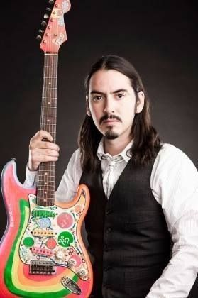 A découvrir Happy Birthday Dhani Harrison #dhaniharrison