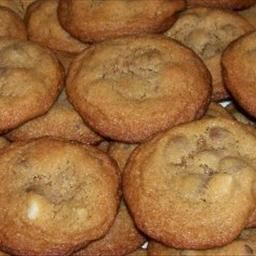 Top Secret Mrs. Fields Chocolate Chip Cookies recipe this was the reason I loved going to unversity mall when I was a kid!