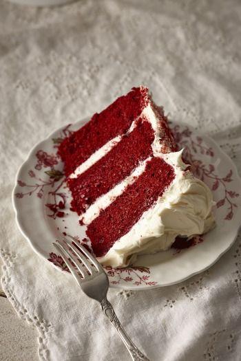 """750g vous propose la recette """"Red Velvet flamboyant"""" publiée par Chef Christophe."""