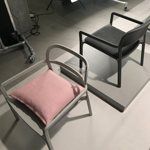 Des chaises épurées, collection Ypperlig par Hay x IKEA