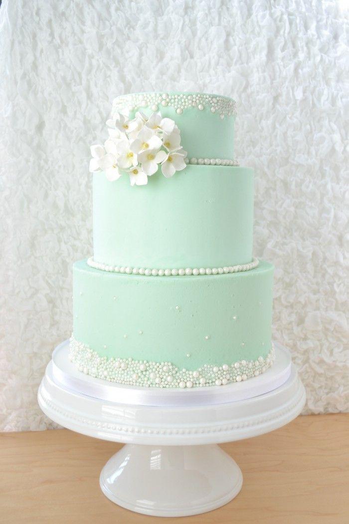 Hydrangea Wedding cake by flour & flourish