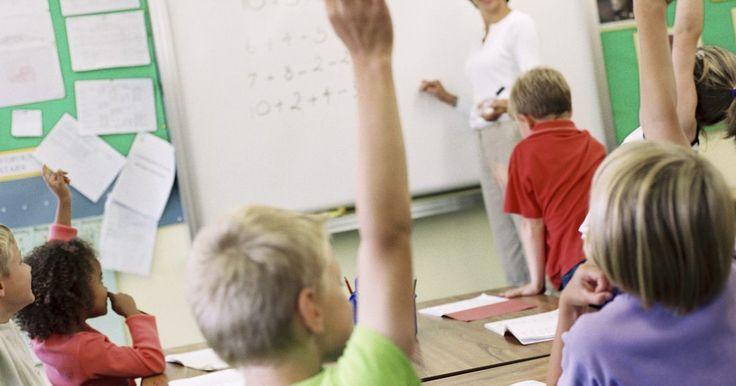 Actividades en clase para aprender a hacer inferencias. Las inferencias son deducciones lógicas que haces luego de que hayas reunido la evidencia suficiente para respaldar tu conclusión. Las realizas todos los días cuando predices el resultado de un evento o una decisión. Puedes usar algunas actividades para enseñarles a los niños a hacer inferencias con fundamentos. Las inferencias son una actividad ...