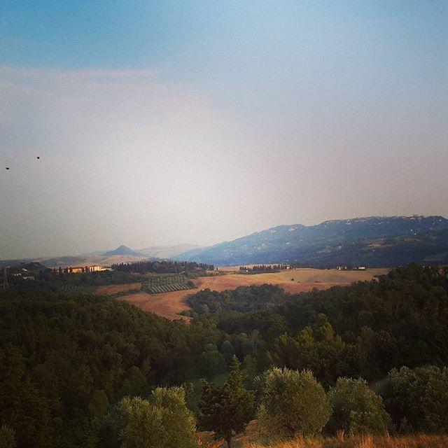 Z widokiem na Volterrę 💛 #volterra #tuscany #etruschi #volturi