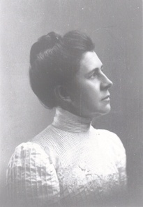 a biography of ida tarbell the creator of investigative journalism She wrote a positive biography of judge elbert gary ida tarbell's lifetime in journalism ida tarbell: pioneer investigative reporter.