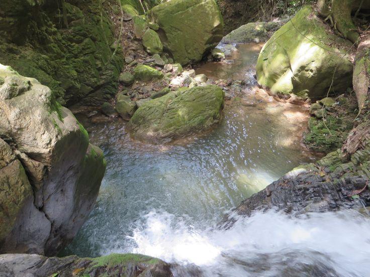 fuente de agua pura