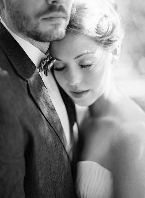 Romantische zwart-wit foto | photoshoot bruiloft
