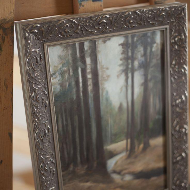 Tichým+lesem+cesta+vede+autorská+olejomalba+z+plenéru+Toulky+tichým+lesem+olejomalba+na+MDF+desce+rozměr+desky+obrazu+22+x+31+cm+rámováno+v+dřevěném+rámu+signováno+na+zadní+straně+Tento+výrobek+můžete+umístit+v+jakémkoliv+interiéru.+Cena+včetně+dřevěného+rámu