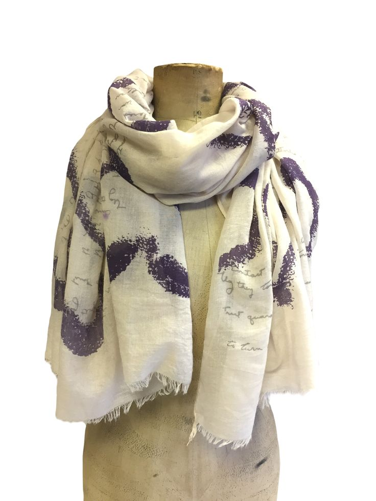 Sketched heart & script scarf by Hem&Edge #natural #lilac 65% viscose 35% cotton 80x180cm #creamwhites #scarf #accessories #onebutton #hemandedge Click to see more products from the One Button shop.