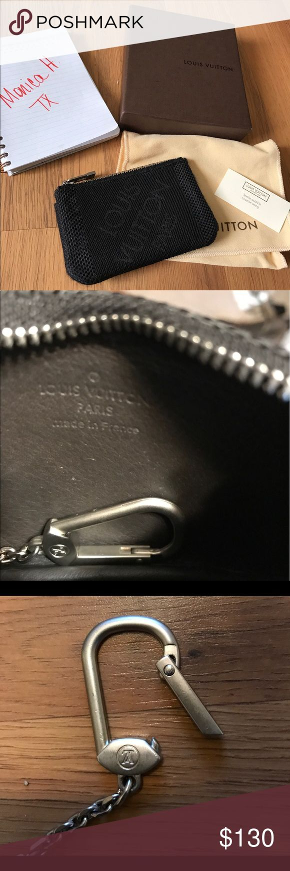 """Authentic Louis Vuitton coin purse Cles pouch Authentic Louis Vuitton Geant Damier Black Large Cles Key Pouch Purse - made in France - date code CT5100 (hard to read) - approx 5""""L x 3.5""""H x 1""""W Louis Vuitton Accessories Key & Card Holders"""
