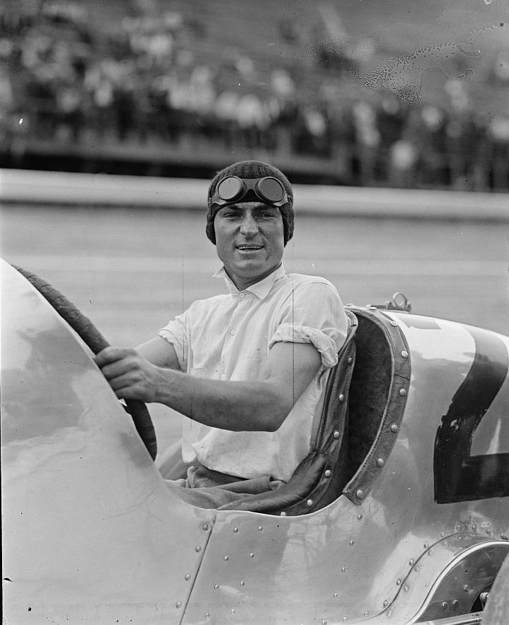 Earl Devore 1925 race car driver