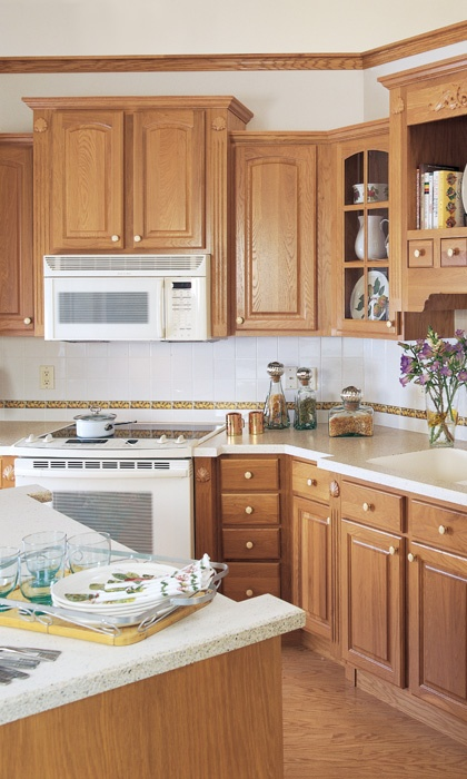 kitchens with white appliances and oak cabinets 18 best images about kitchen ideas on oak 9860
