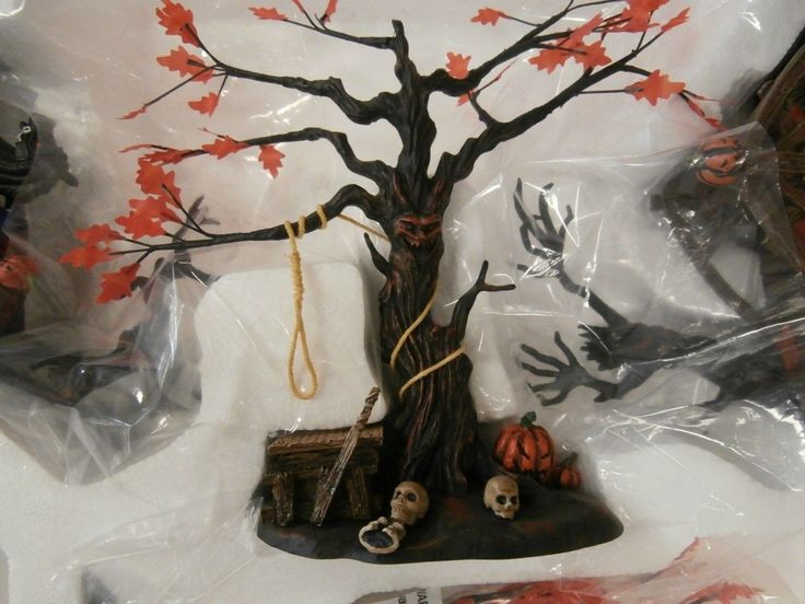 Dept Department 56 Legends of Sleepy Hollow EEN Hollow The Headless Horseman Set | eBay