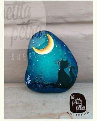 LeCato mixta a sobre piedra 6cm x 4,5 #hechoamano  #madeinecuador #lapetitapetra