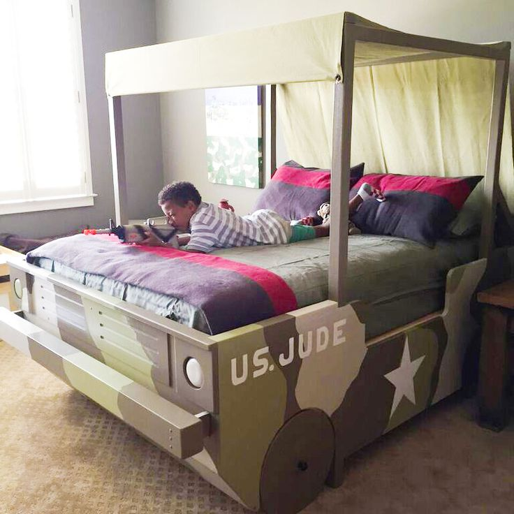 What little boy wouldn t love his room after having this makeover    Military   Camouflage BedroomMilitary. 46 best Kids Rooms images on Pinterest