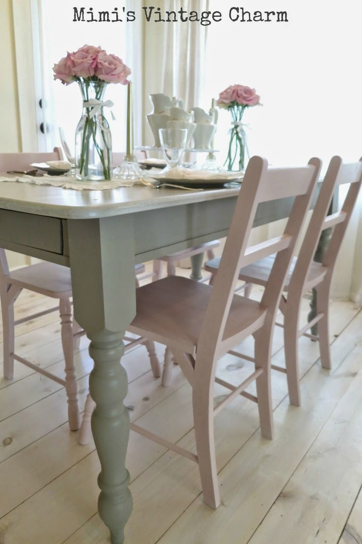 Best 25 painted kitchen tables ideas on pinterest chalk for Best color for dining room table