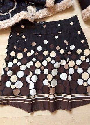 Kupuj mé předměty na #vinted http://www.vinted.cz/damske-obleceni/midi-sukne/14174069-krasna-sukne-s-puntiky-a-kapsami-orsay
