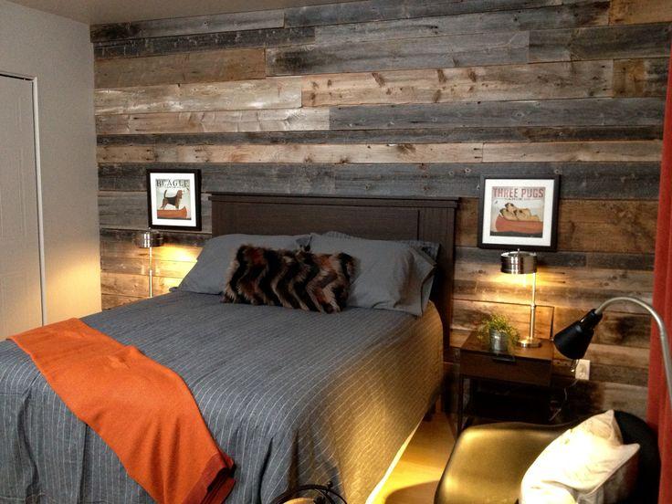 Mur en bois de grange... cosy...bon rêve.. DÉCORE TA VIE