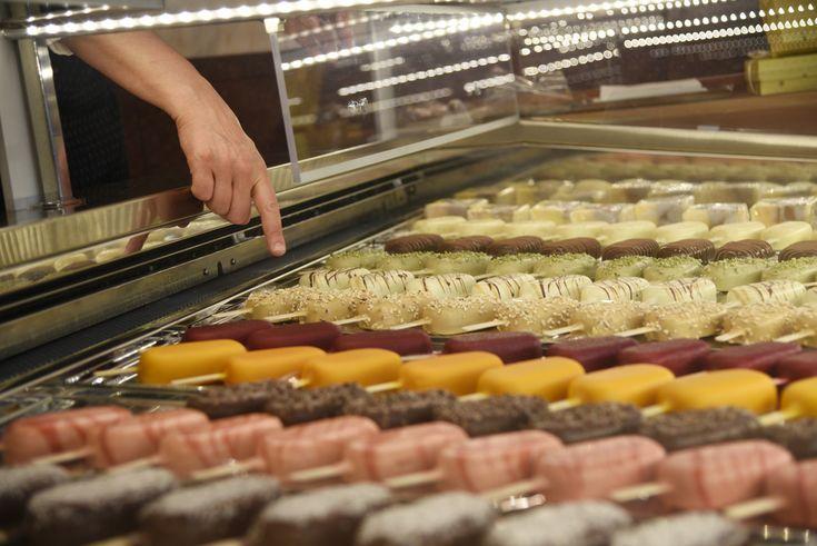 Peckarelli: dei gelati su stecco — Questa mia Milano