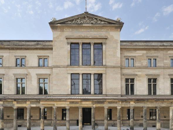 Mit der Wiedereröffnung des Neuen Museums 2009 ist auch die Büste der Nofretete in die Mitte Berlins zurückgekehrt.
