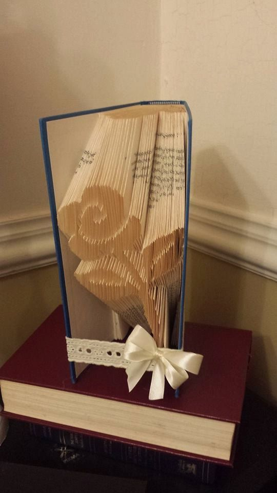 Book folding pattern for a Flower  Rose  by BookFoldingForever
