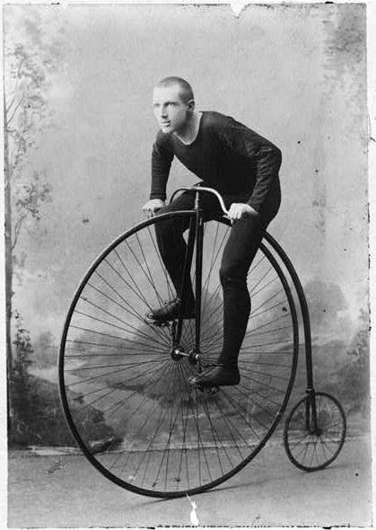 Imagens Históricas: Bicicletas antigas