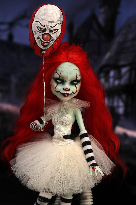 OOAK Monster High Puppe Pennywise Clown tanzen