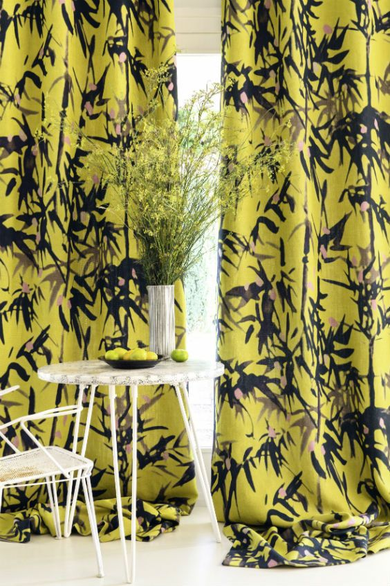 Bamboo leaves appear to slowly move under the soft breath of a tropical breeze. #curtain #fabrics #elitis #giardino
