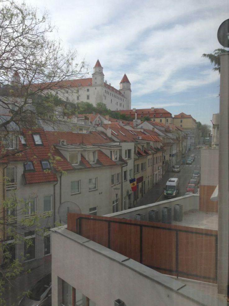 Zámocká ulica v Bratislava, Bratislavský kraj