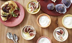 Ruby Tandoh's fig, goats' cheese and honey cheesecakes, plus fig, prosciutto and rocket flatbreads