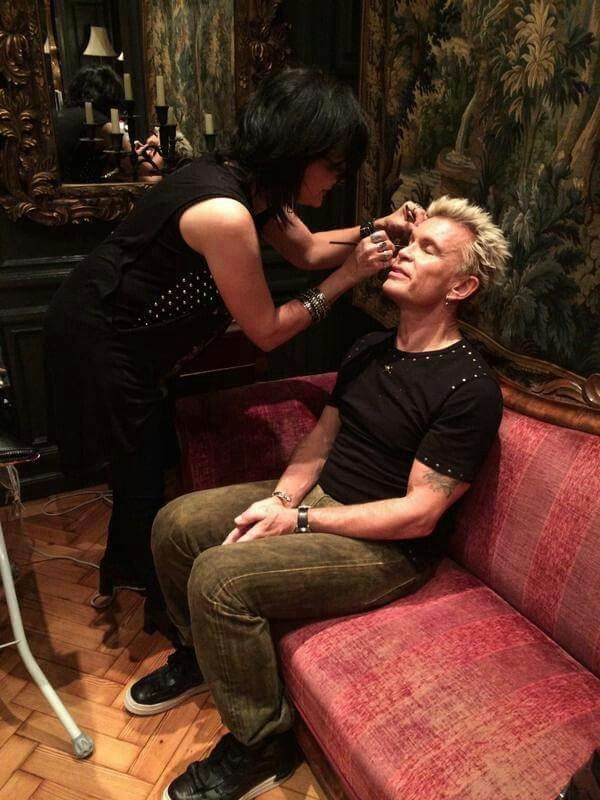 Billy Idol.   Gettin ready for his closeup!