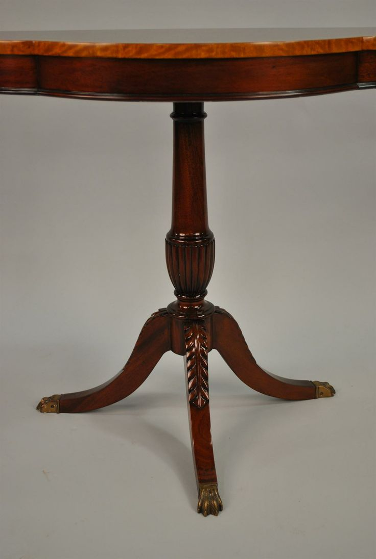 Duncan Phyfe Accent Table