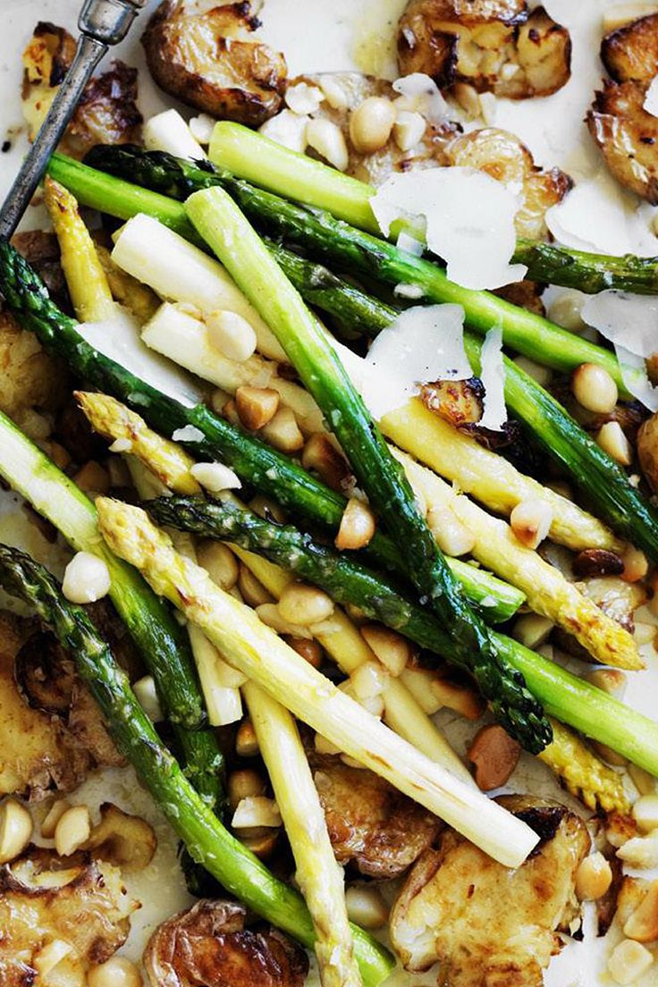 A delicious side for your Christmas feast, this roasted asparagus and potato dish is great for the holiday season.