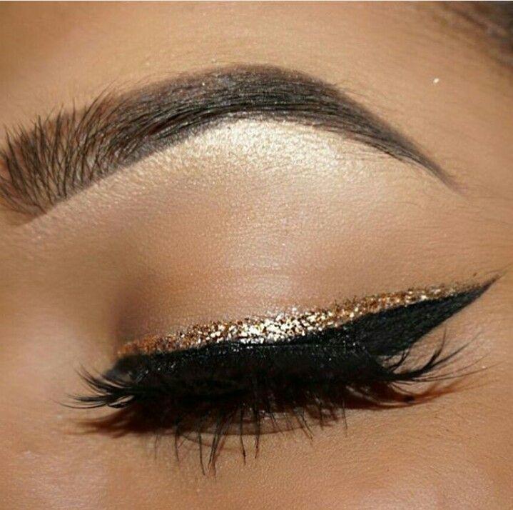 Glitter eyeliner                                                                                                                                                                                 More