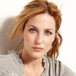 『Xファイル』ではダナ・キャサリン・スカリー米連邦捜査局特別捜査官でバリバリなキャリアウーマン演じたジリアン・アンダーソン。