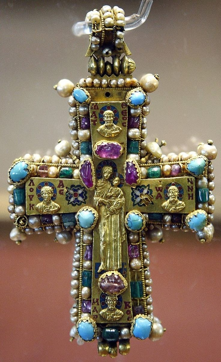 Byzantine pectoral cross with Holy Wood, around 10th century, portrayed Hodegetria, the praying Virgin Mary, St. Nicholas, St. Demetrius and St. John Chrysostom. Decorated with pearls, emeralds, rubies, sapphires, other precious stones, gold and enamel. 9 x 16 cm, Part of the treasure at the Catholic Church, the Monastery Martvili once. Museum of Fine Arts in Georgia