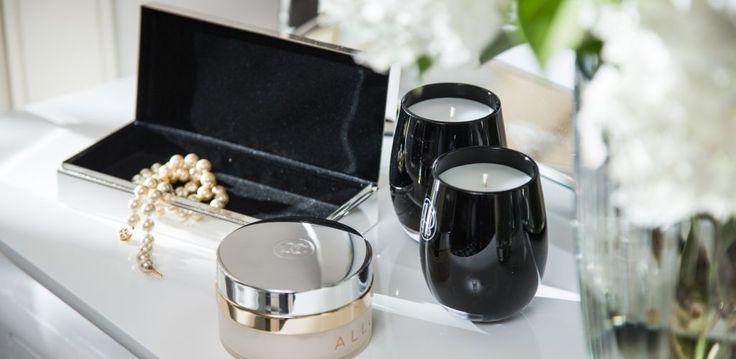 Pudełko na biżuterię Smooth - jeśli nie wiecie jaki prezent wybrać, ono zawsze się sprawdza. http://bbhomeonline.pl/product-pol-22472-ZIL-Smooth-20-5x9x5cm-pudelko.html