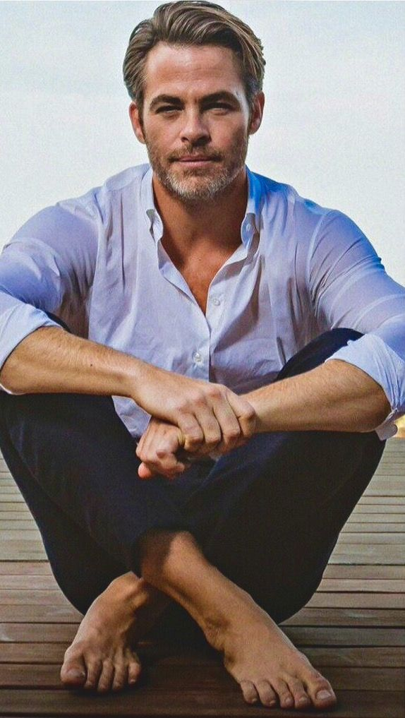 Chris Pine super casual, barefoot, and utterly sexy