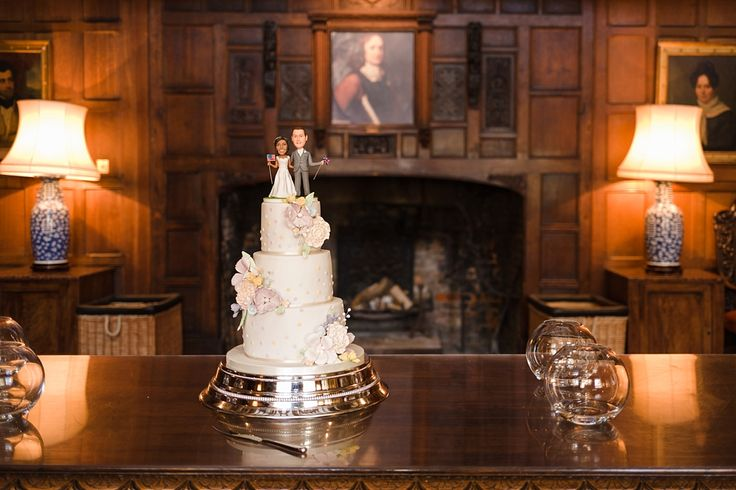 Hampden House Wedding | Traditional wedding cake with a modern twist | Traditional & Rural wedding venue | Located in the small village of Great Hampden, Buckinghamshire | Hampden House Wedding photography by Hannah McClune Photography.