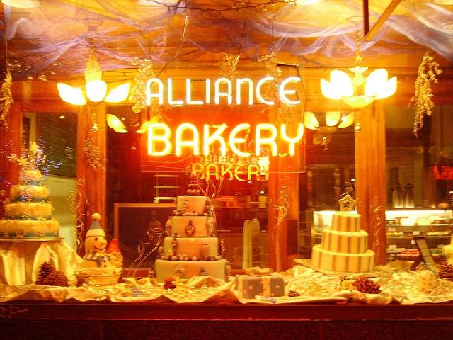 christmas bakery window display
