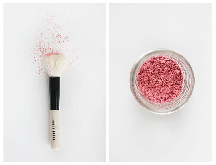 A super easy two-ingredient blush tutorial from raspberries #DIY #makeup