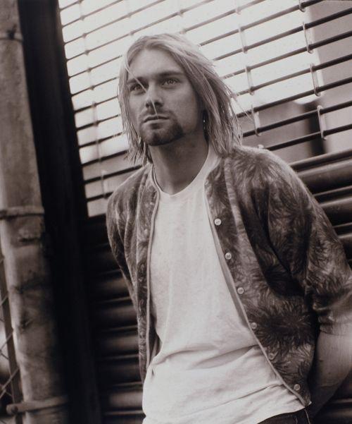 Kurt Cobain | Imágenes de Kurt Cobain (59 de 278) – Last.fm: Musicians, Grunge, Cardboard Boxes, Cobain Nirvana, Kurtcobain, People, Photo, The Band, Kurt Cobain