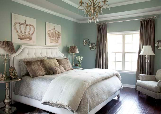 "Sherwin-Williams ""Silver Mist""Wall Colors, Beds, Crowns, Queens, Bedrooms Design, Silver Mist, Master Bedrooms, Painting Colors, Bedrooms Ideas"