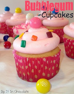 Bubblegum cupcakes! I bet kids would love this...pinner said the frosting tastes like Baskin Robbins bubble gum ice cream