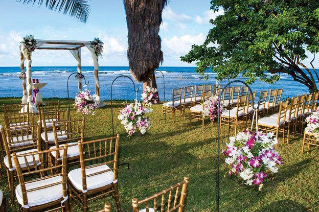 A getaway wedding to Jamaica's iconic Half Moon Bay Resort (photos courtesy of http://halfmoon.rockresorts.com )